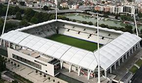 Stades vus de l'extérieur - Page 5 Stadeaugustedelauneext